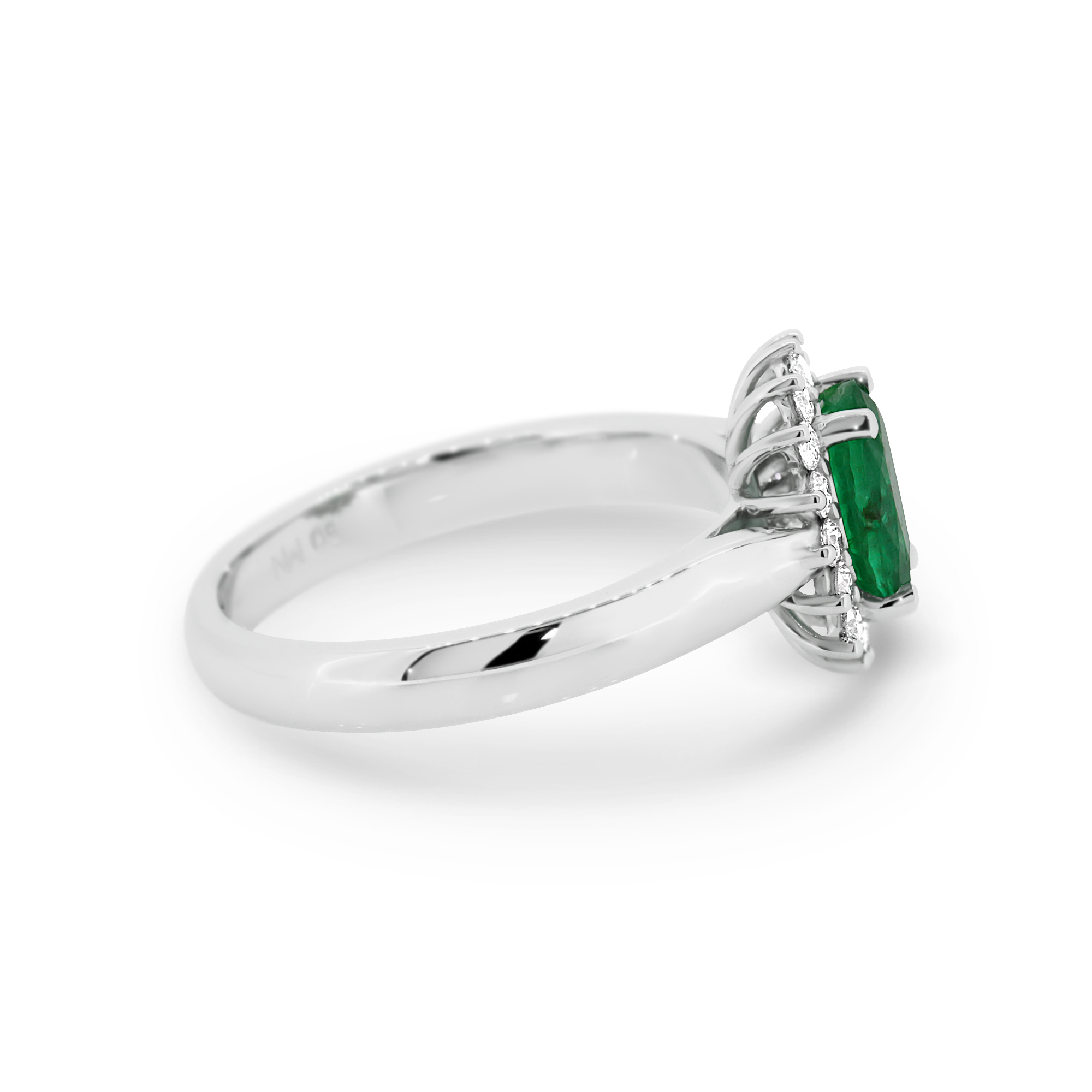 r engagement emerald a rings pirouette cut ring preview